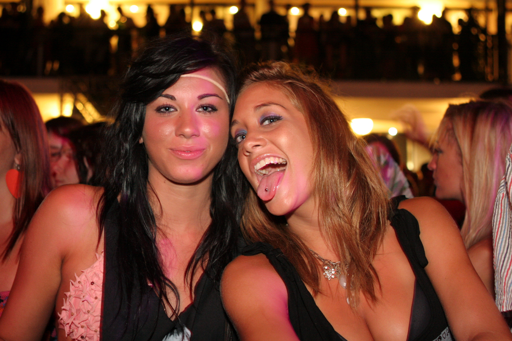 A couple girls pose at Ibiza Rocks