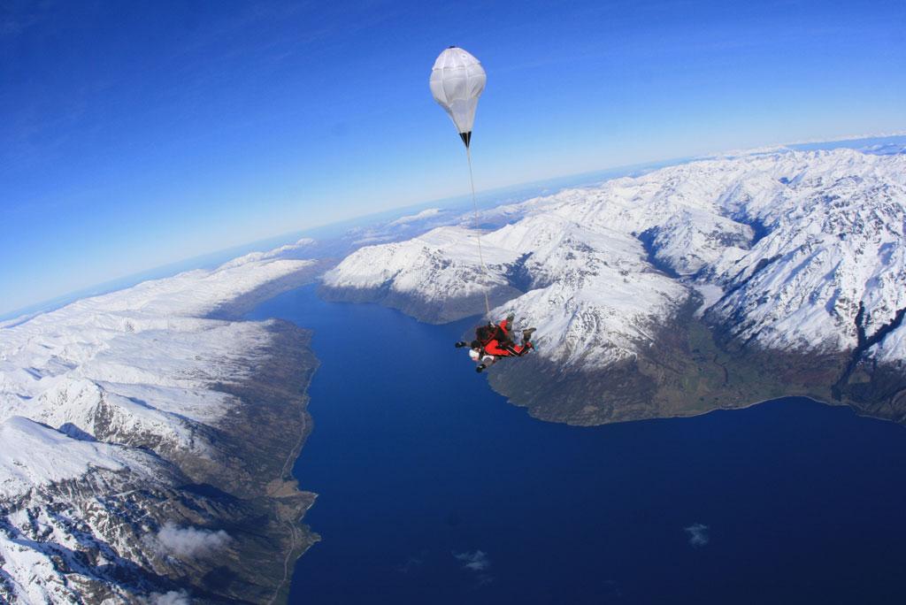 Skydive_wide.jpg