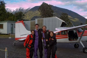The four Stray passengers that decided to skydive over Fox Glacier.