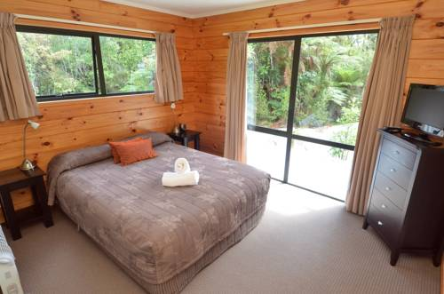 A room at the Rainforest Retreat in New Zealand.