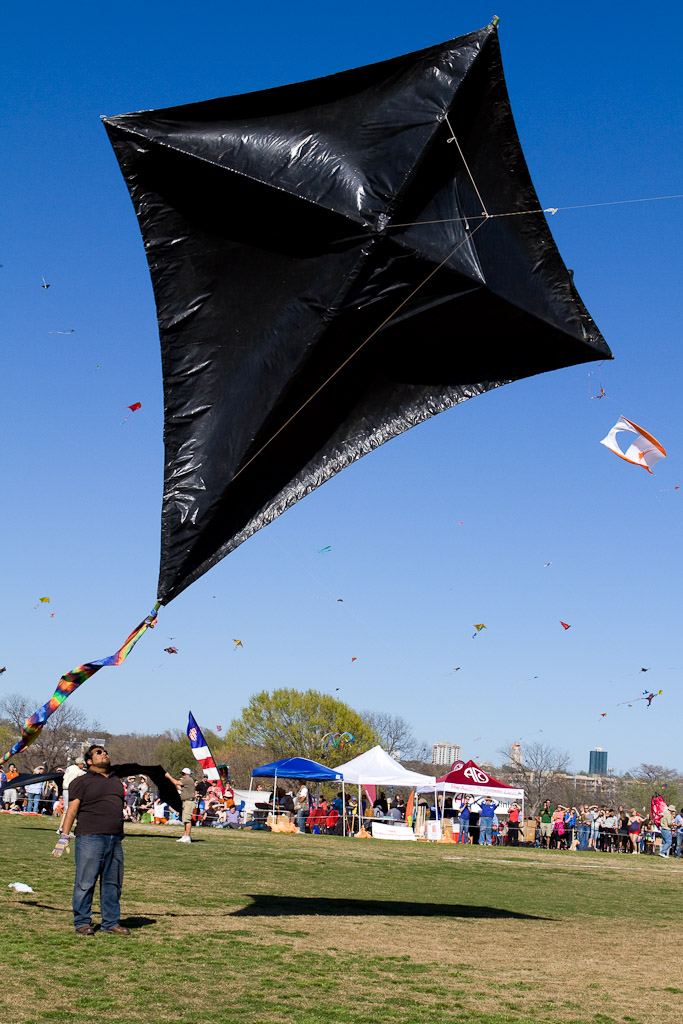 Massive Kite contestant for Largest Kite