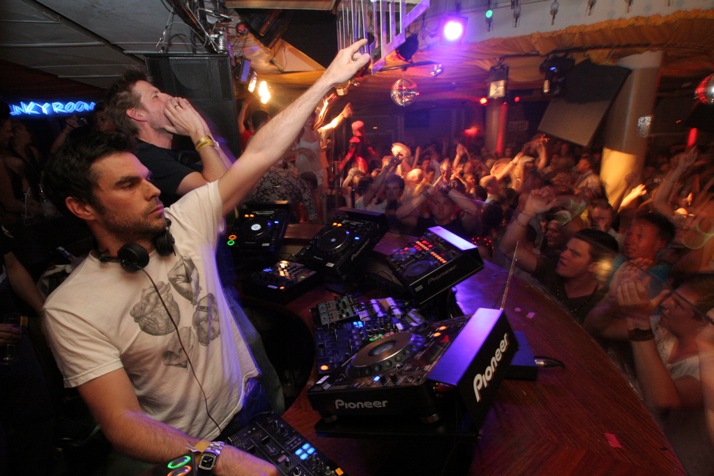 Groove Armada has club-goers moving and shaking during their set at Wonderland.