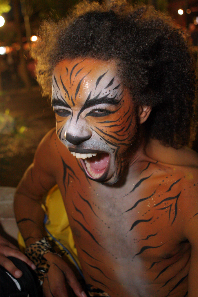 The Zoo Project had a variety of performers, often made up like animals.
