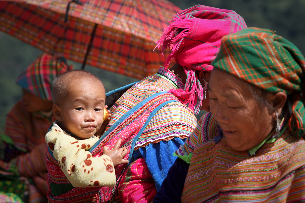 Market goers span generations at the Can Cau Market, North Vietnam